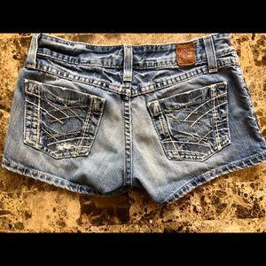 Buckle BKE Denim Short Shorts Size 26